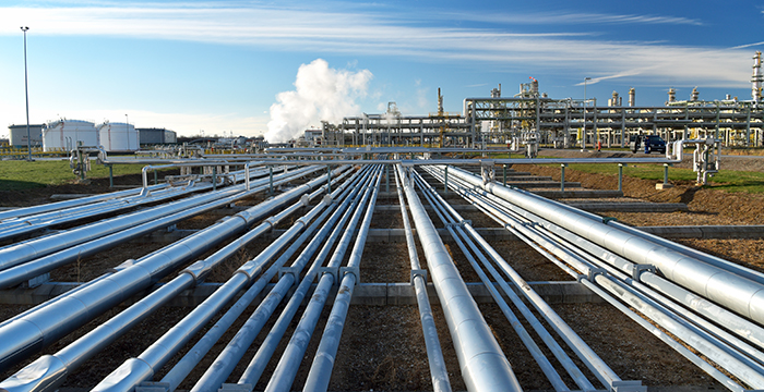 Pipelines of a refinery